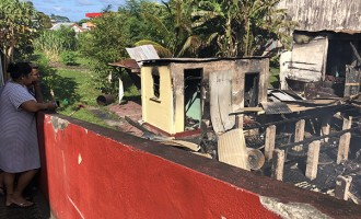 13 people without home after fire