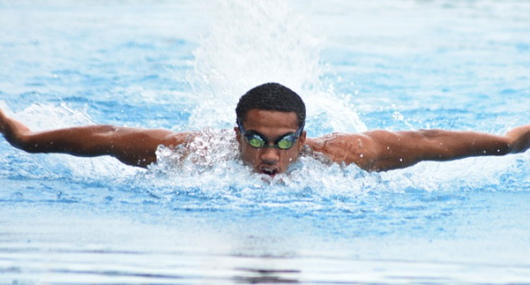 Record 829 Students For Swim Meet