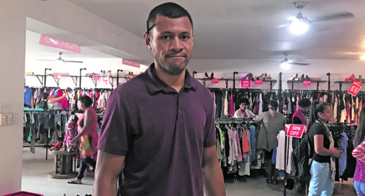 Theft Rife In Secondhand Clothing Outlets