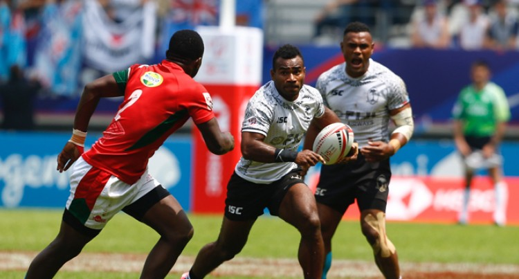 Early Scare, Fiji Survive