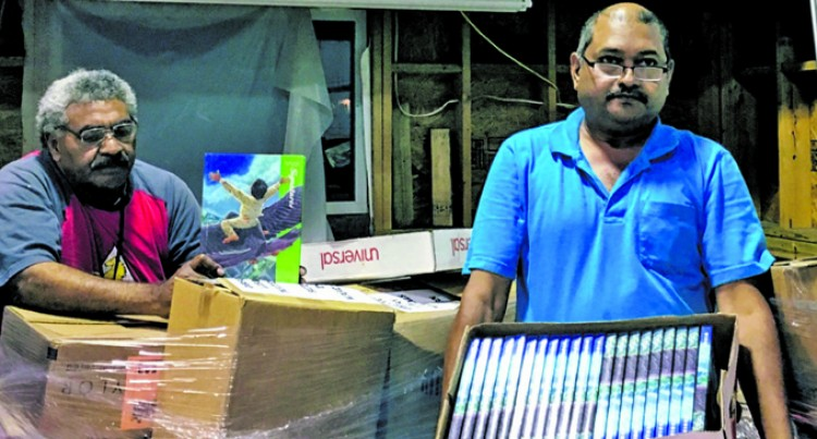 USA Fijians Donate Library Books For Maritime Schools