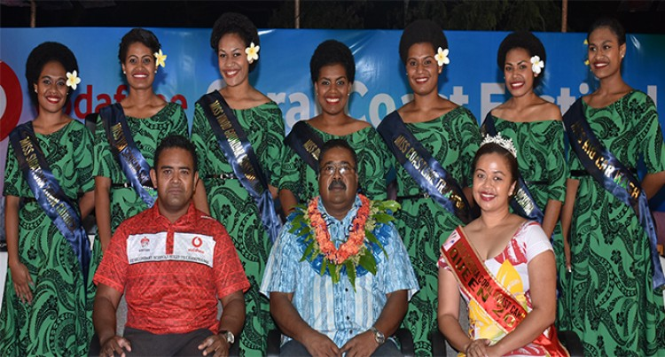 7 Contestants Vie for the Coral Coast Carnival