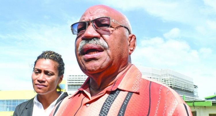Rabuka Backs Lynda