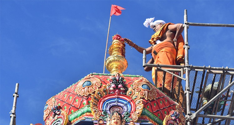 Temple, Devotees Mark 5-day Prayers