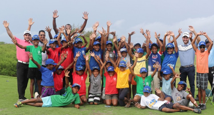 Golf growing In Fijian Schools