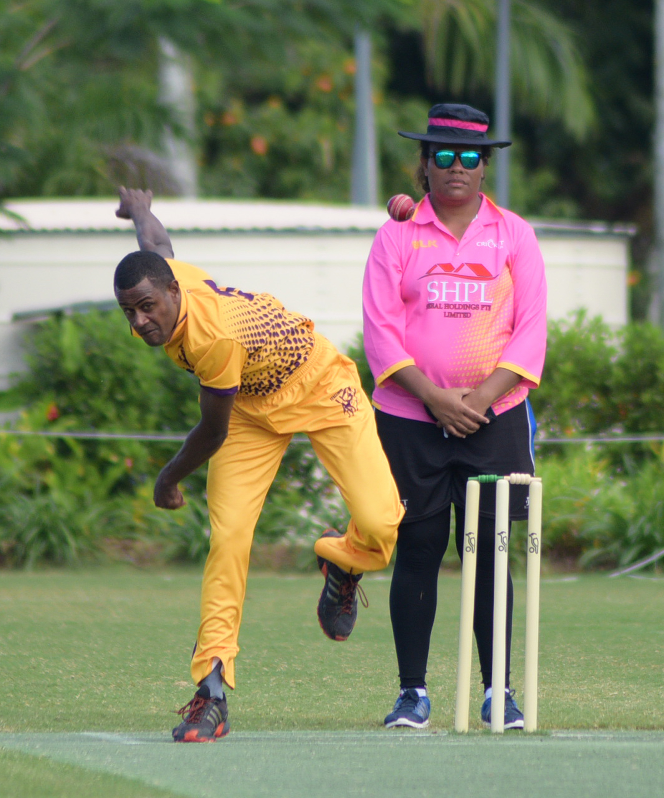 Stallions bowler, Tomasi Cagilevu in action against Lau Sharks for third place play-off at Albert Park on July 19, 2018. Photo:  Ronald Kumar.