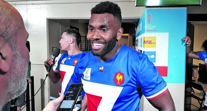 Veredamu Shines For France