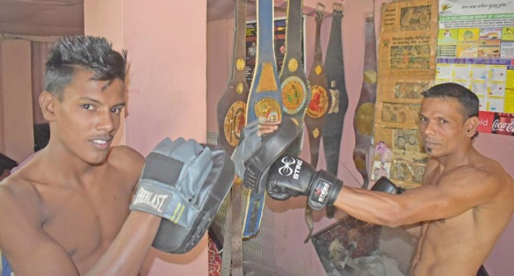 Junior Farzan's Son Ready For His Boxing Debut