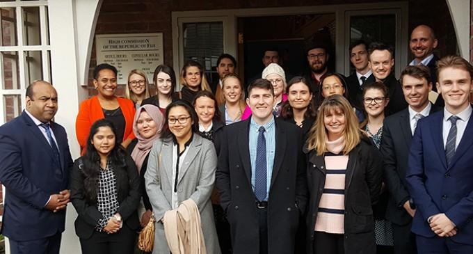 Uni Students Visit High Commision