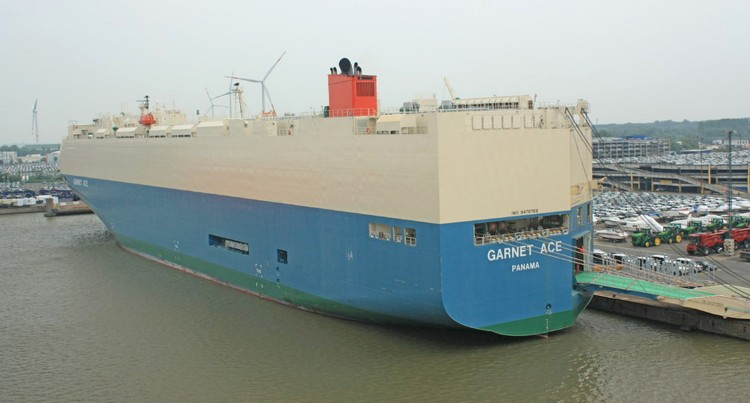 Vessel to Bring in More Vehicles