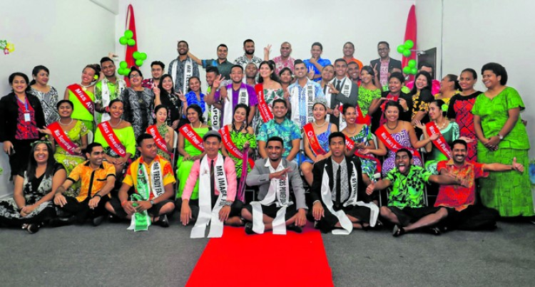 Contestants visit Fijian Elections Office, learn about elections process