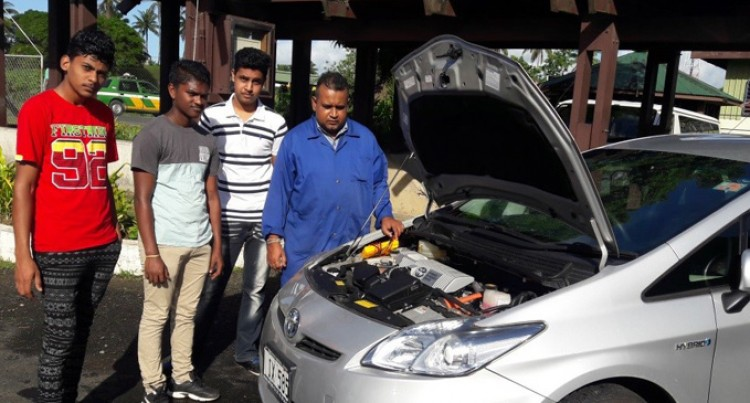 Investing In Hybrid Automotive Training
