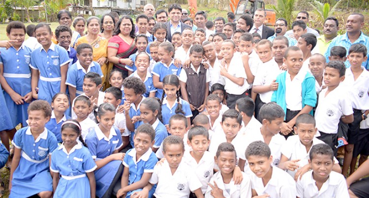 A-G Pays Tribute To Faith, Community Groups