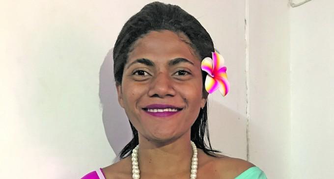 Salusalu Hopes To Meet Kid  Sister In Miss  Fiji Pageant