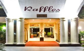 Raffe Hotels & Resorts Bans Plastic Straws At All Properties