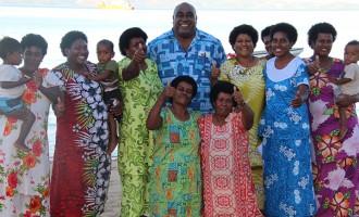 Minister Visits Islands To Outline Programmes