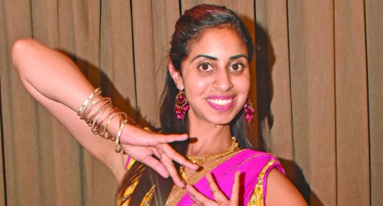 Bollywood Dance Teacher With Fiji Ties Shares Moves With Students