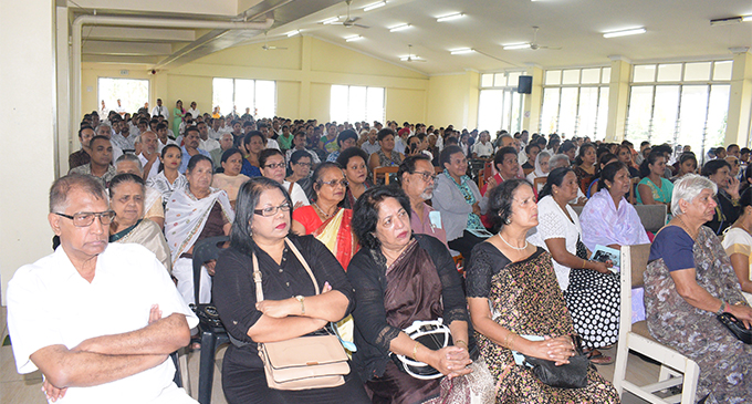 Members of the  public during the  funeral service of the late Jai Narayan on  September 28,2018.  Photo: Simione  Haravanua