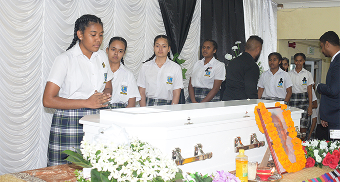 Students of Jai Narayan College paying their last respects to the late Jai Narayan on  September 28,2018.  Photo: Simione Haravanua