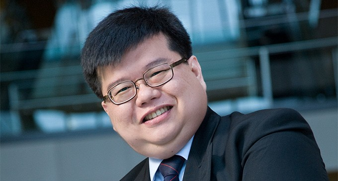 Go Paperless, Singapore Lawyer Encourages About Future Law Practice
