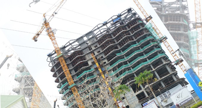Stop Work Order For 28-Storey Plaza