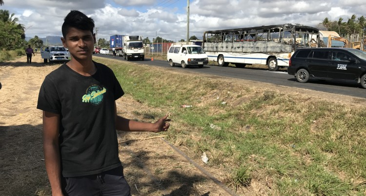 Teenager Saves Driver In Bus Fire