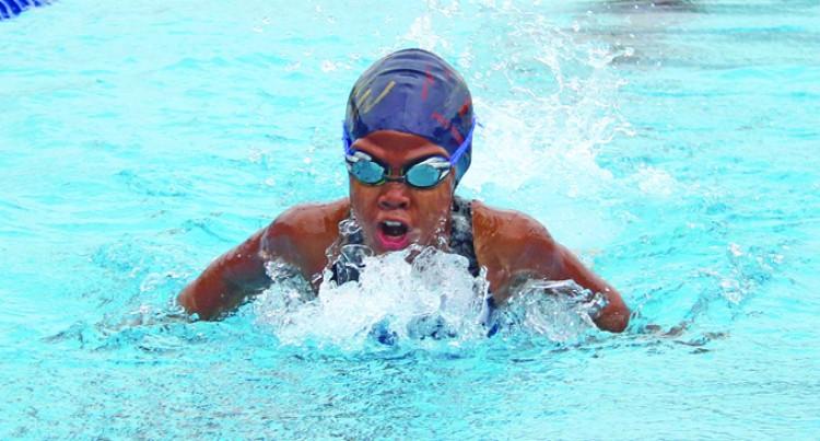 Swimmers Impress Dugu