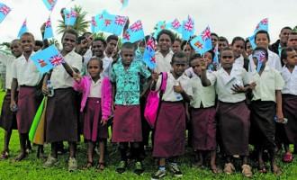 Nakavu Students Perform Lively Meke