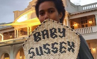Prince Harry and Meghan In Fiji:  10-Year-Old Plans To Pass On Gift For Royal Baby