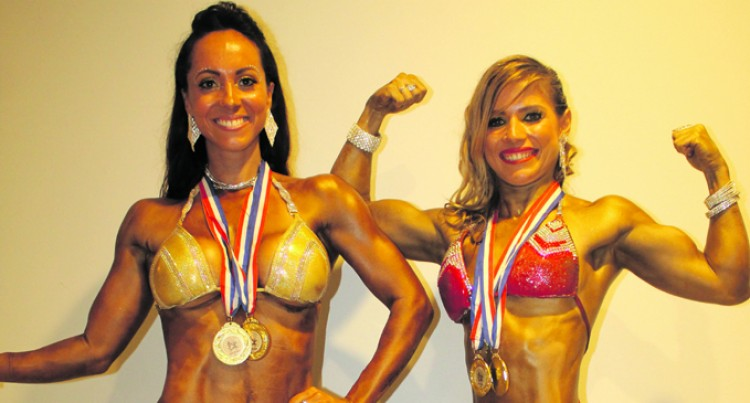 Pactat tops Female category
