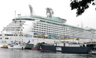 Rain Fails To Dampen Tourists' Enthusiasm To Visit Suva