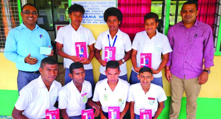 Tablets, Internet Access Enhances Students Education