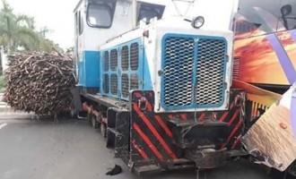 Police Probe Bus – Train Crash