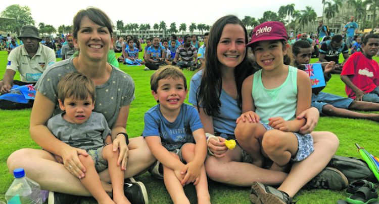 FBC Concert Draws Big Crowd At Albert Park