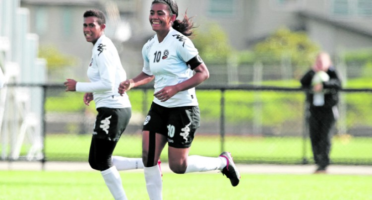Fijian Women Too Strong For Cooks
