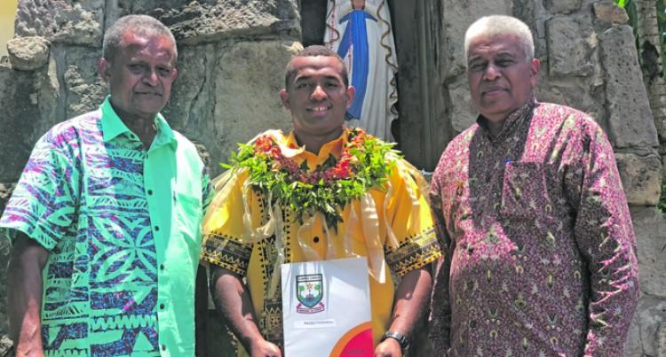 Tuivakali Ready to Serve Students