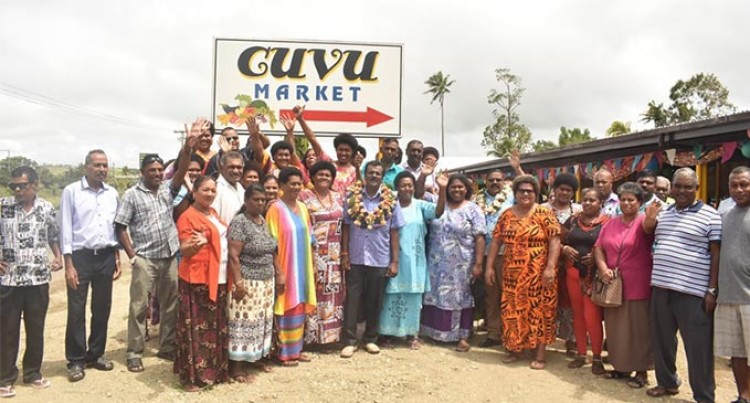 Minister Opens Municipal Market