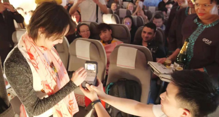 Man Proposes To Girlfriend On Fiji Airways Flight