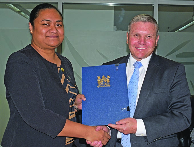 Permanent Secretary for the Ministry for Economy Makereta Konrote (left), with Aspen Medical chief executive officer Bruce Armstrong at the Ministry of Economy conference room after the signing of the partnership between Government and the Australia-based internationally renowned quality healthcare operator Aspen Medical Pty Limited, on November 12, 2018.  Photo: Simione Haravanua