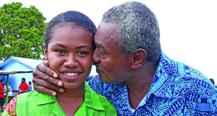 Supportive Dad Drives Maopa's Confidence