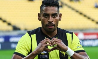 Roy Now a Kiwi, Still Plays for Fiji