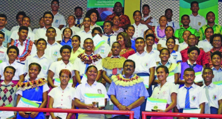 Students Successfully Complete Employment Exposure Programme