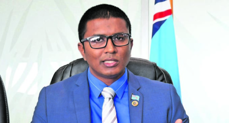 Report Dealings, Commission Urges Fijians