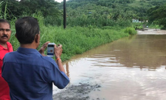 Flash Flooding Leave Urata Residents Stranded