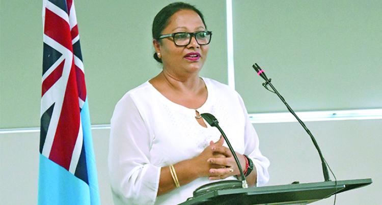 Fijians Benefit From Film Industry