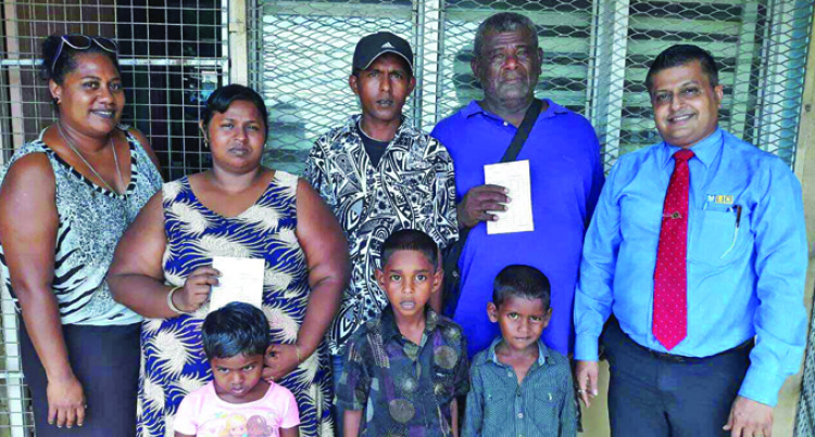 Parents Of Needy Students Thank Charity Group