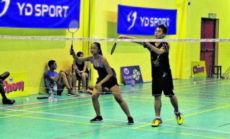 Whiteside Tells Of Badminton's Plans
