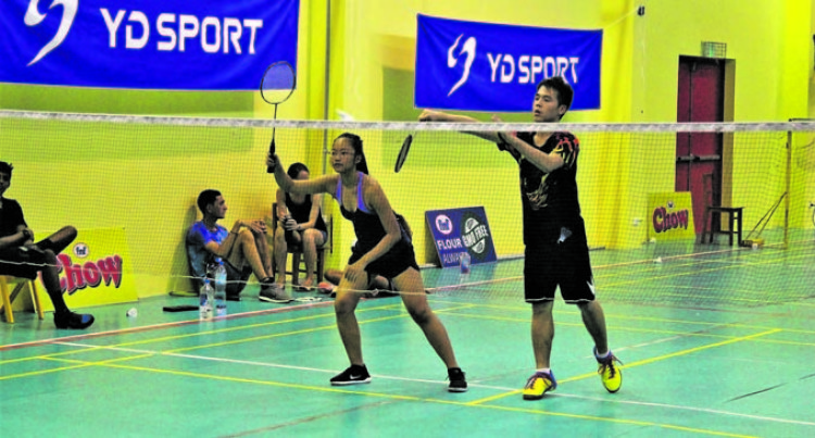 Whiteside Tells Of Badminton's Plans