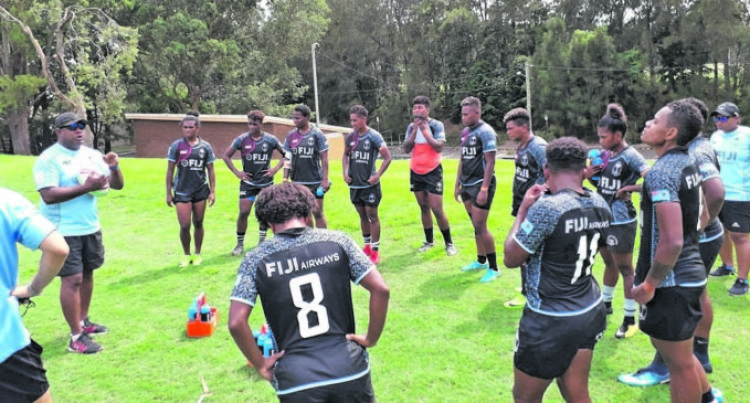Fijiana 7s Keep Low Profile