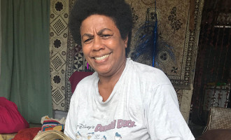 Wasavulu Woman  Imparts Knowledge Of Traditional Weaving